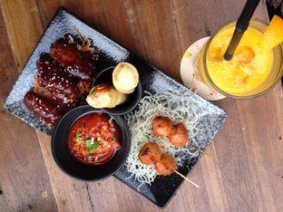 Tempat Makan Populer di Jakarta    Awan Lounge