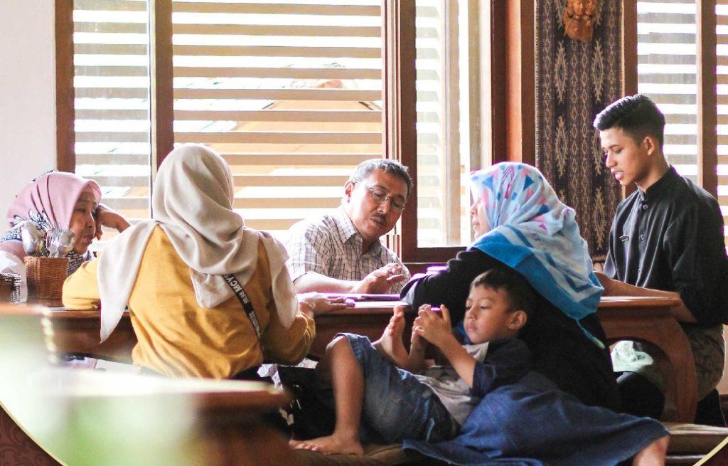 Tempat Menarik di Bandung untuk Menanti Waktu Berbuka